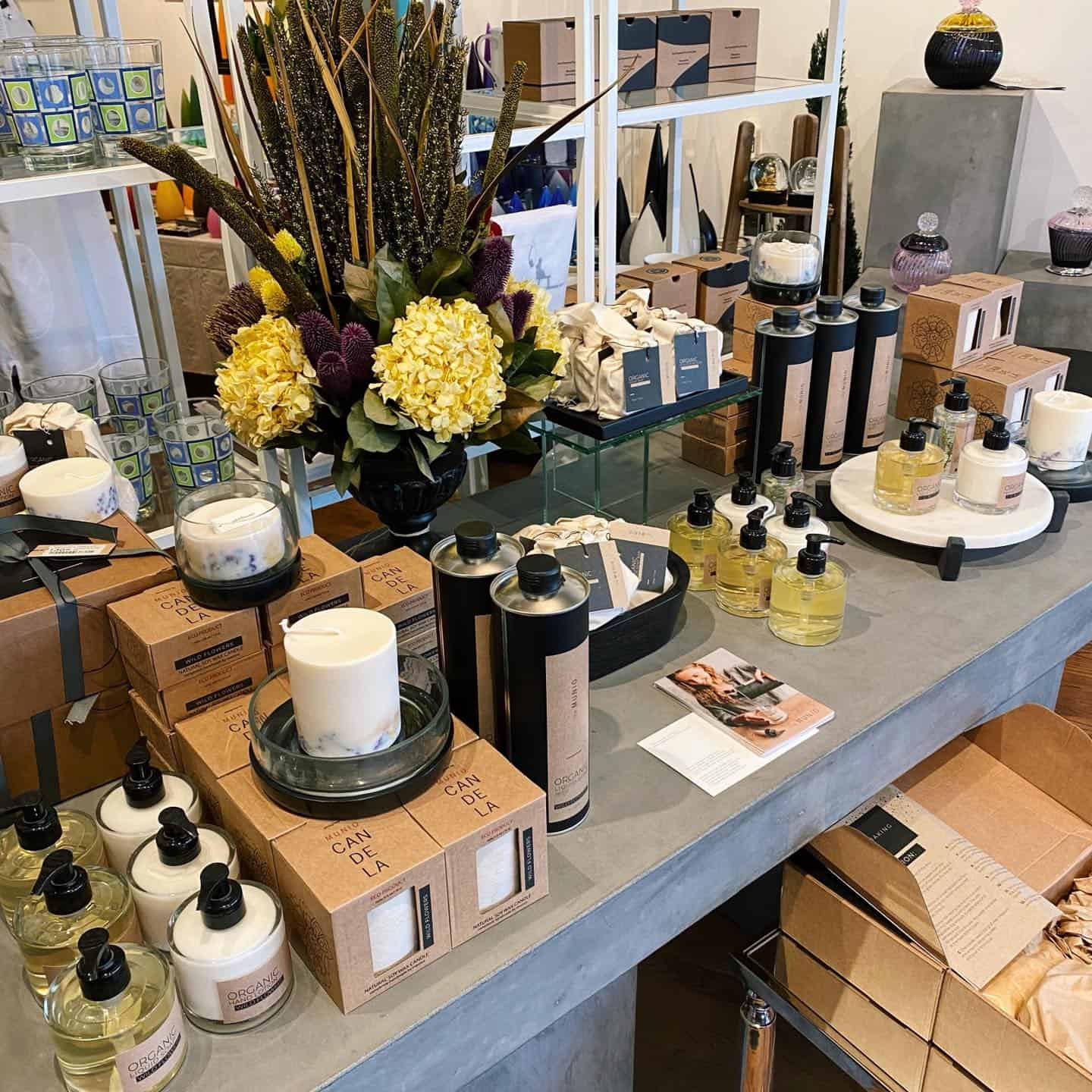 The Munio - Soap, Skin Care and Candles